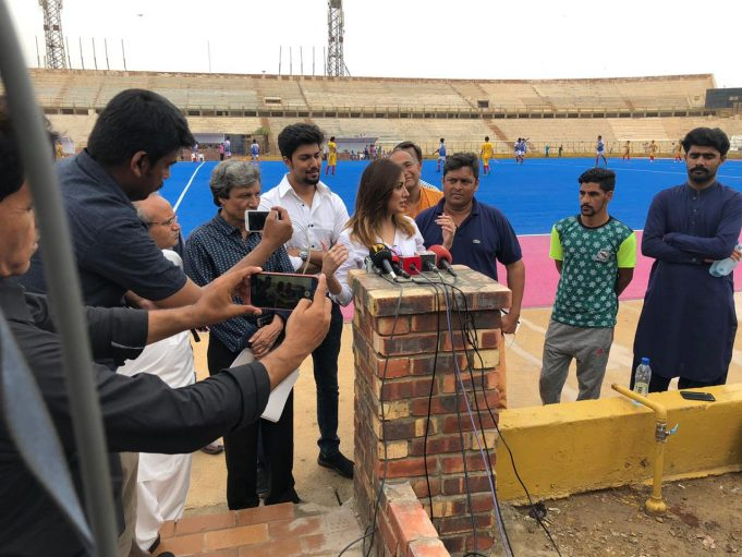 Tamgha-e-Imtiaz recipient and actor Mehwish Hayat can't believe how much Pakistani people neglect hockey.